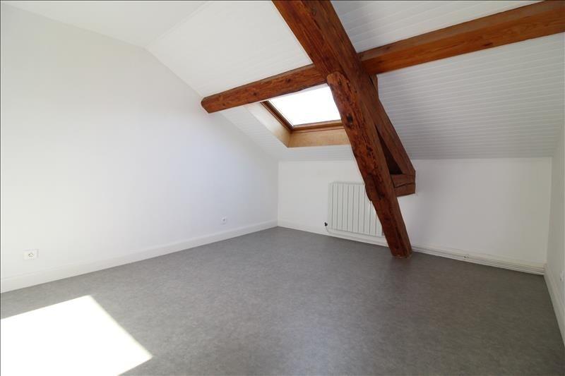 Verhuren  appartement Voiron 607€ CC - Foto 6