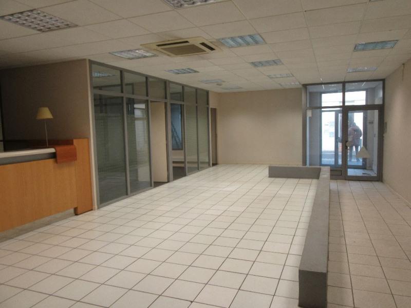 Rental empty room/storage Aire sur l adour 860€ CC - Picture 2