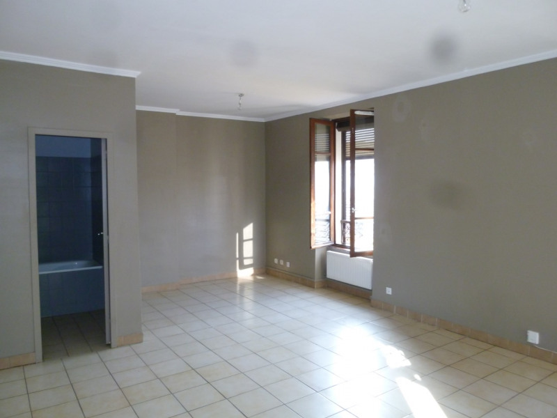Location appartement Oullins 733€ CC - Photo 3