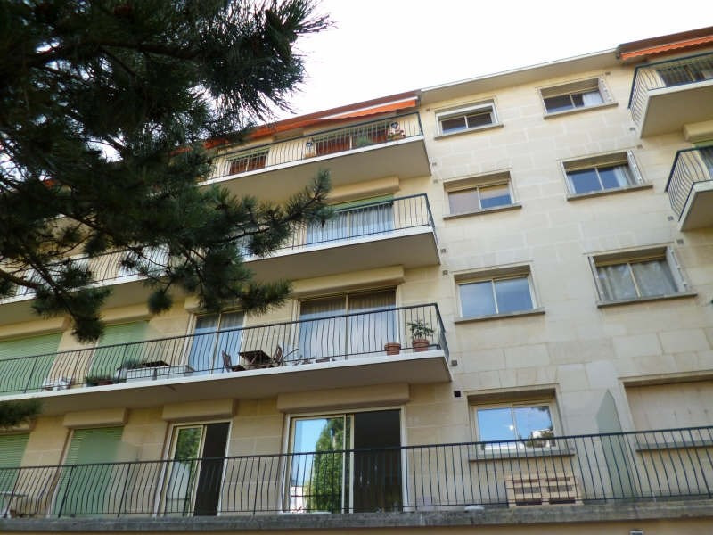 Location appartement Le plessis robinson 1306€ CC - Photo 3