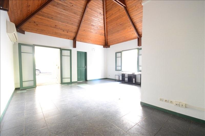 Rental empty room/storage St pierre 1050€ HT/HC - Picture 3