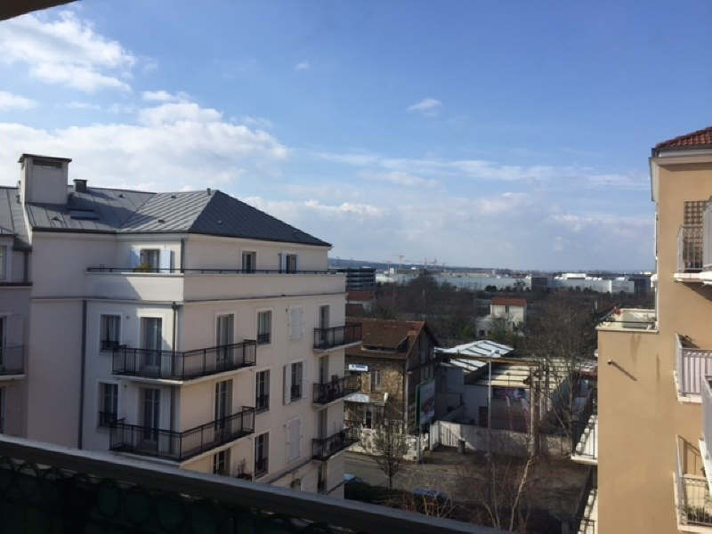 Location appartement Poissy 1 150€ CC - Photo 1