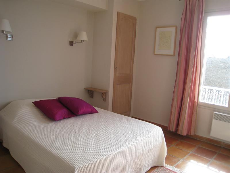 Vacation rental house / villa Les issambres 2180€ - Picture 16