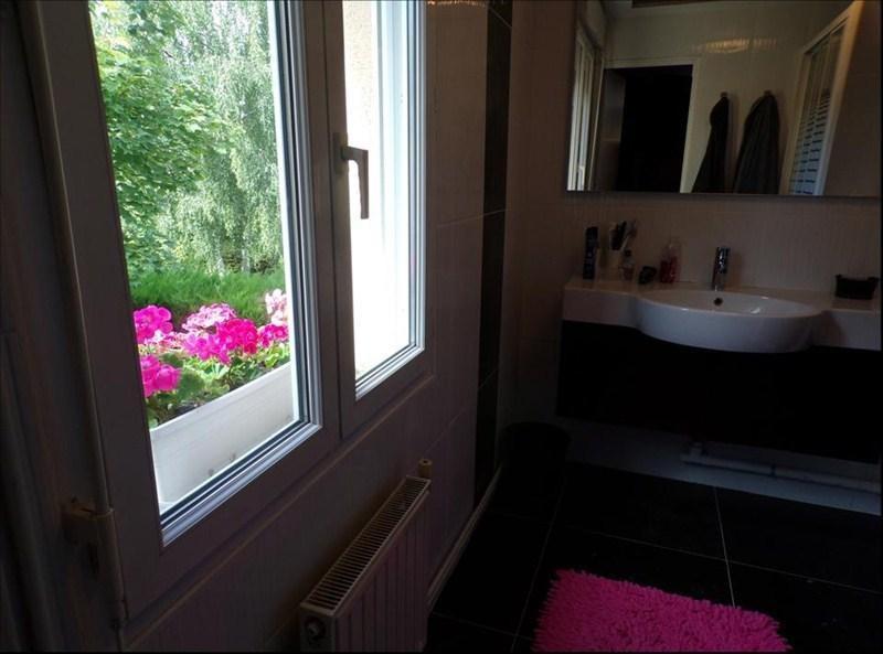 Location maison / villa Montigny le bretonneux 2450€ CC - Photo 10