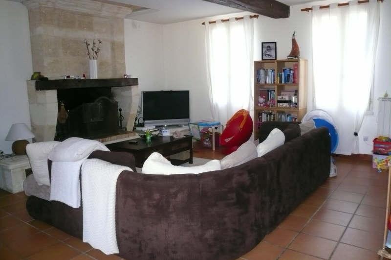 Location maison / villa St andre de cubzac 875€ CC - Photo 2