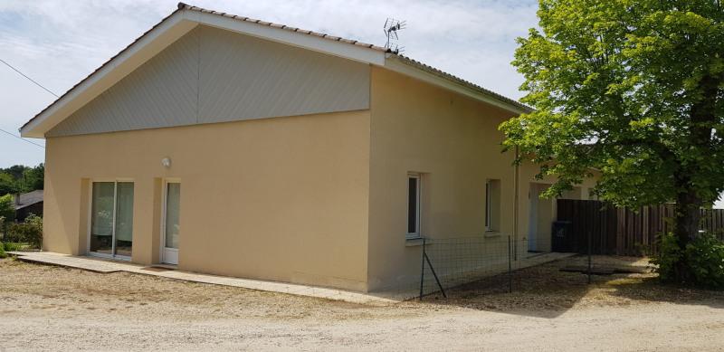 Location maison / villa La brède 1050€ CC - Photo 2