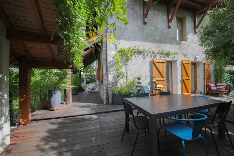 Deluxe sale house / villa Annecy le vieux 1082000€ - Picture 2