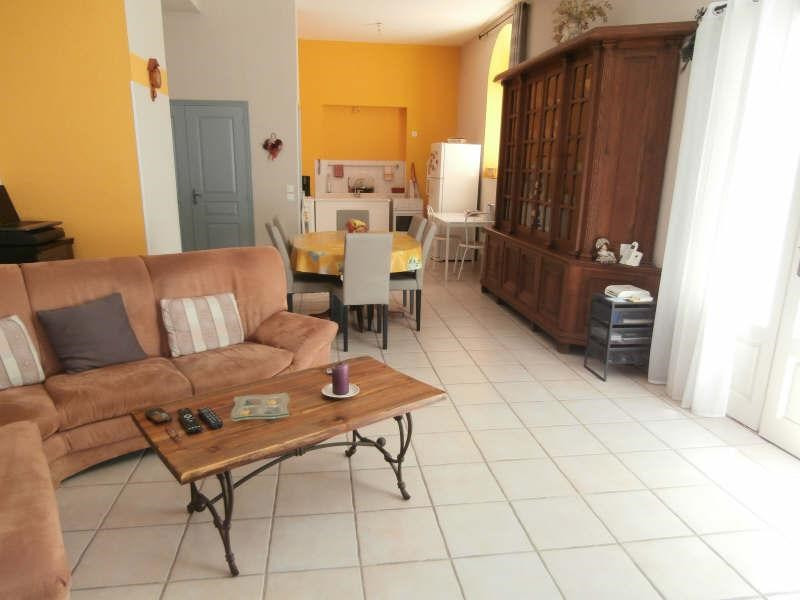 Location appartement Eyguieres 700€ CC - Photo 2