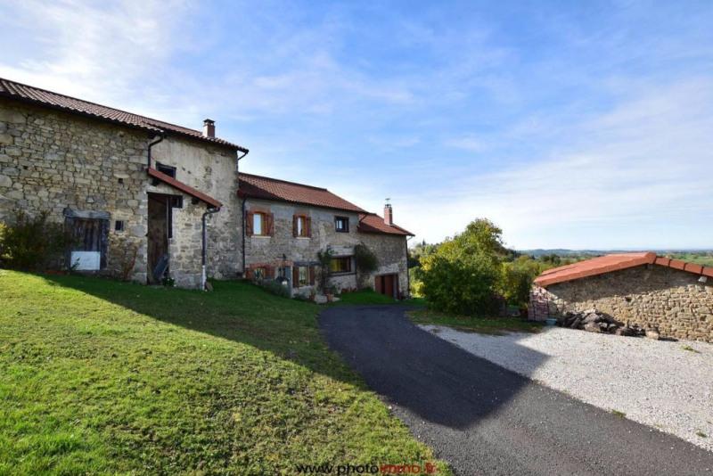 Sale house / villa Courpiere 212000€ - Picture 1