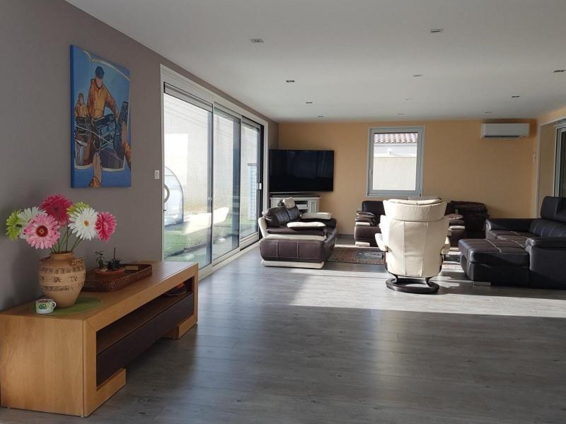 Vente maison / villa Grosbreuil 335000€ - Photo 4
