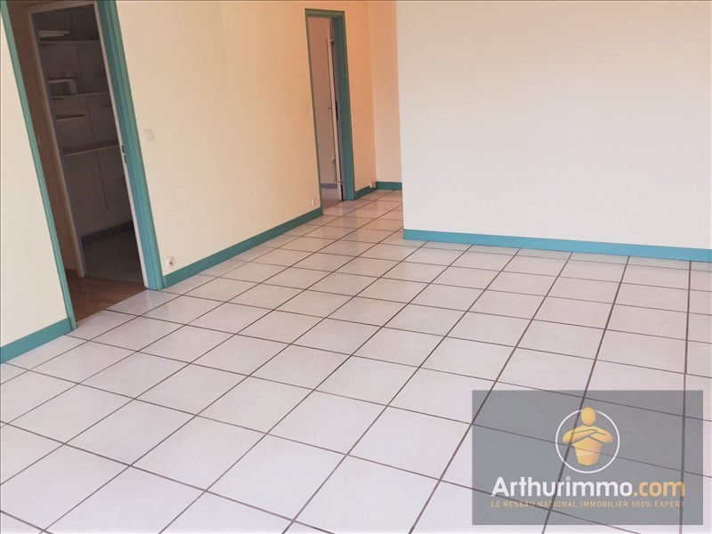 Sale apartment Savigny le temple 131000€ - Picture 2