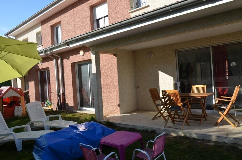 Sale house / villa Heyrieux 256000€ - Picture 11