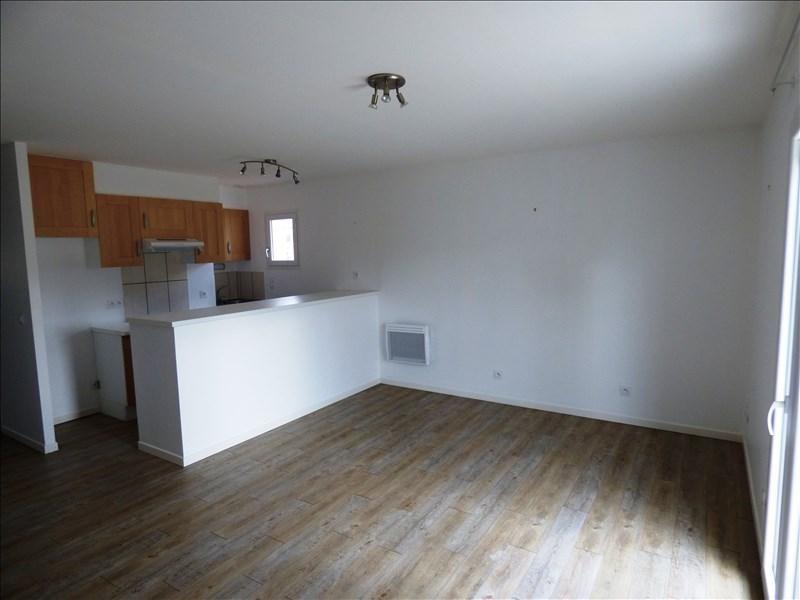 Rental apartment Aussillon 425€ CC - Picture 2