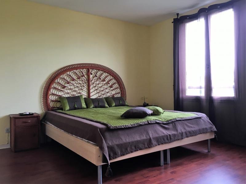 Sale house / villa La queue en brie 452000€ - Picture 7