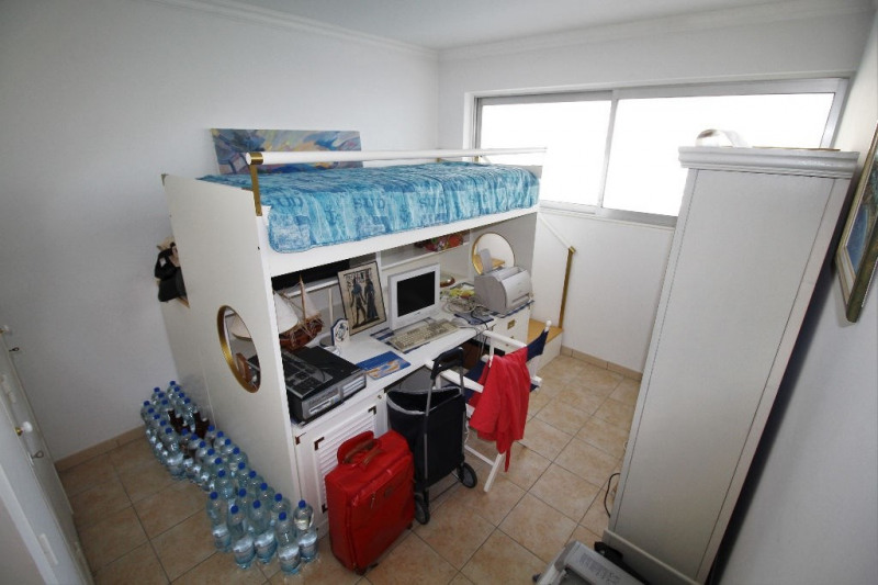 Deluxe sale apartment Villeneuve loubet 979 000€ - Picture 4