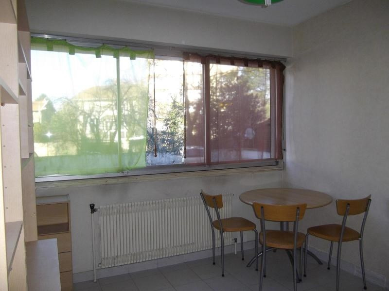 Location appartement Grenoble 243€ CC - Photo 3