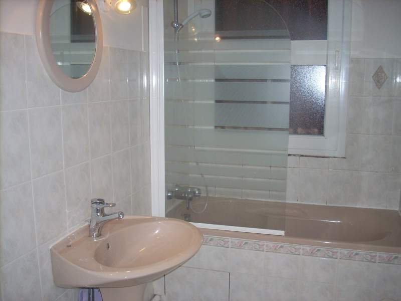 Location appartement Le mesnil-le-roi 846€ CC - Photo 4