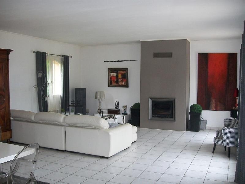 Sale house / villa St georges d esperanche 395000€ - Picture 3