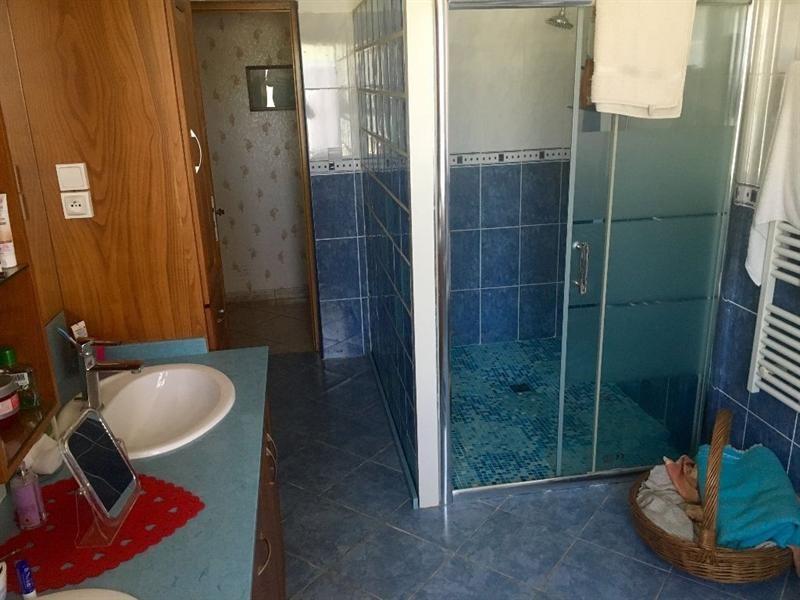 Sale house / villa Bulles 330000€ - Picture 9