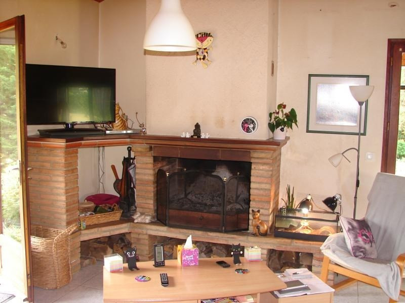 Sale house / villa L isle jourdain 246 750€ - Picture 4