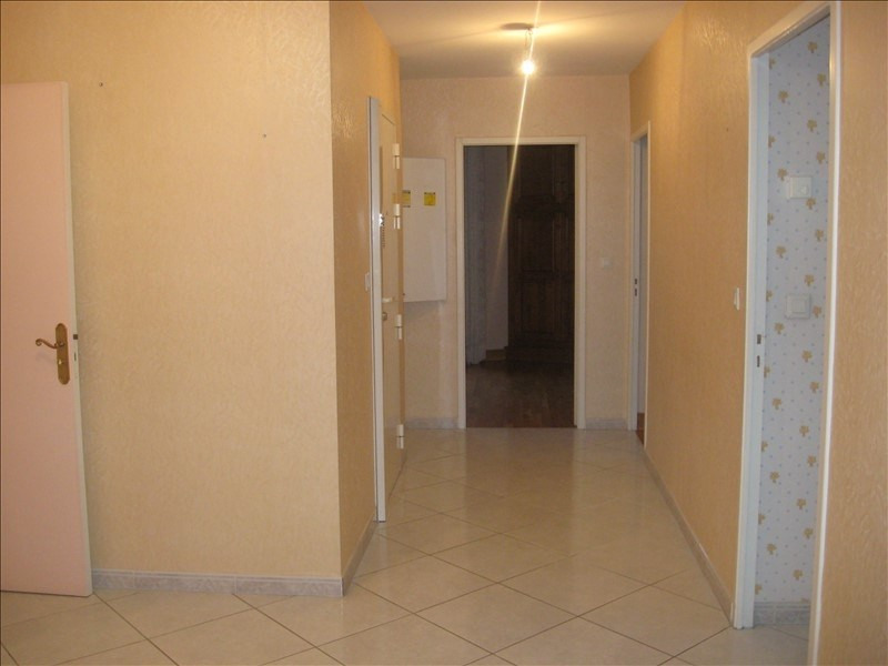 Location appartement Meximieux 930€ CC - Photo 11