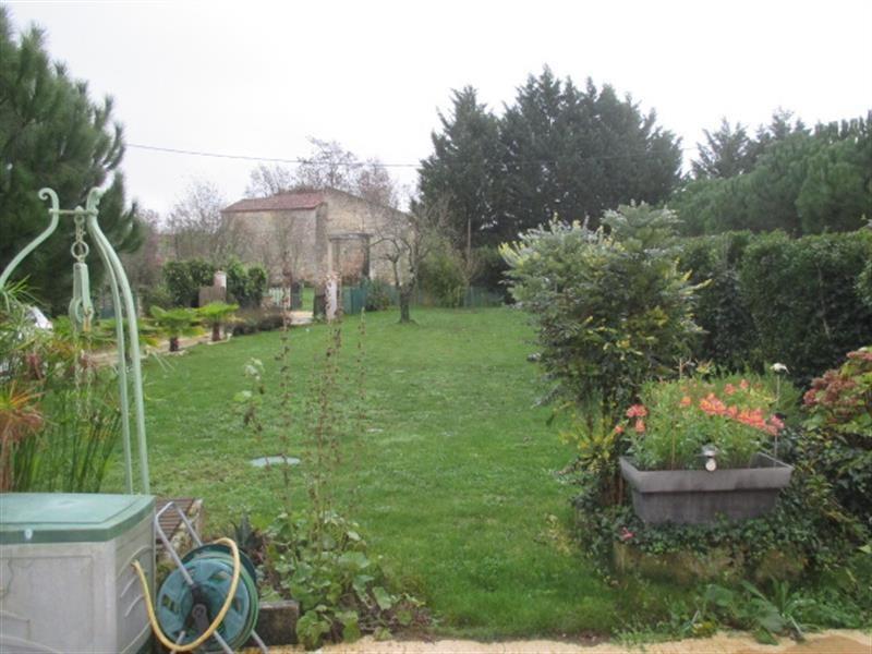 Vente maison / villa Bords 185500€ - Photo 2