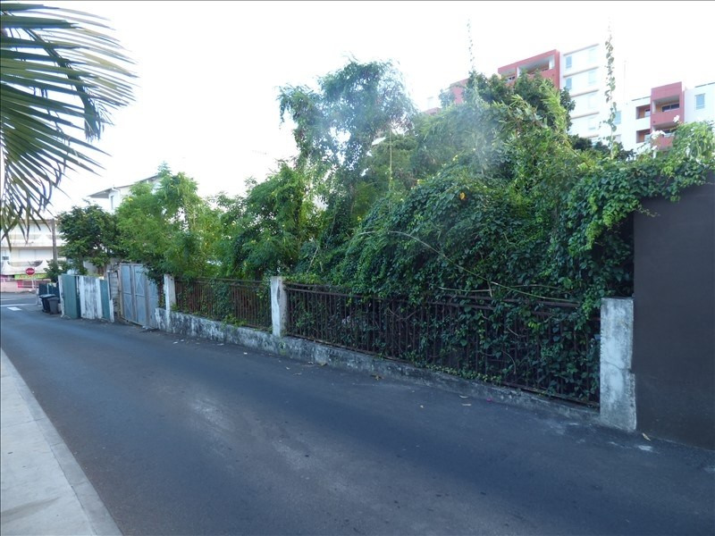 Sale site St denis 315 000€ - Picture 1