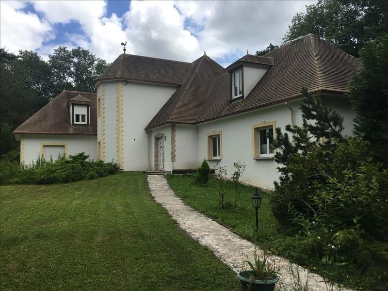 Sale house / villa Sonchamp 750000€ - Picture 1