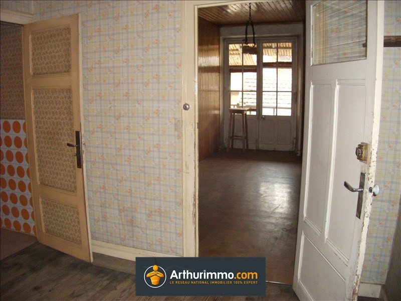 Vente maison / villa Belley 121 000€ - Photo 2
