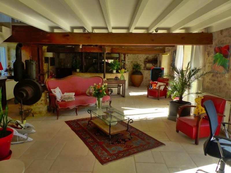 Sale house / villa Iteuil 446 250€ - Picture 7