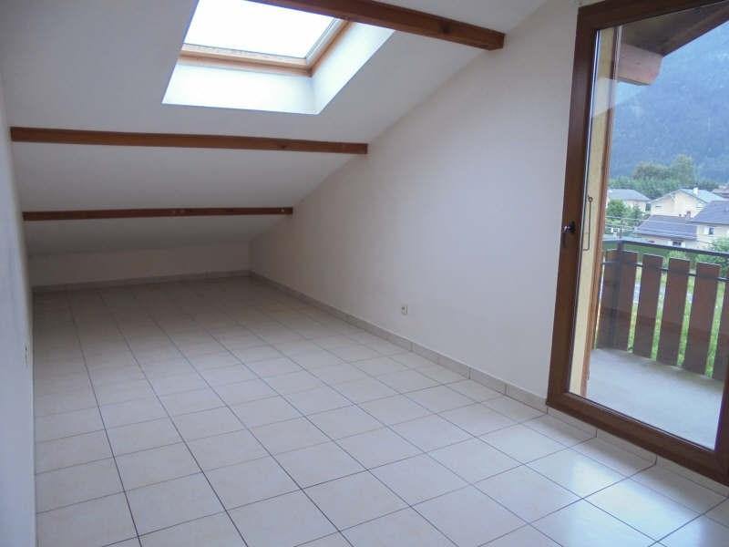 Sale apartment Scionzier 144 000€ - Picture 2