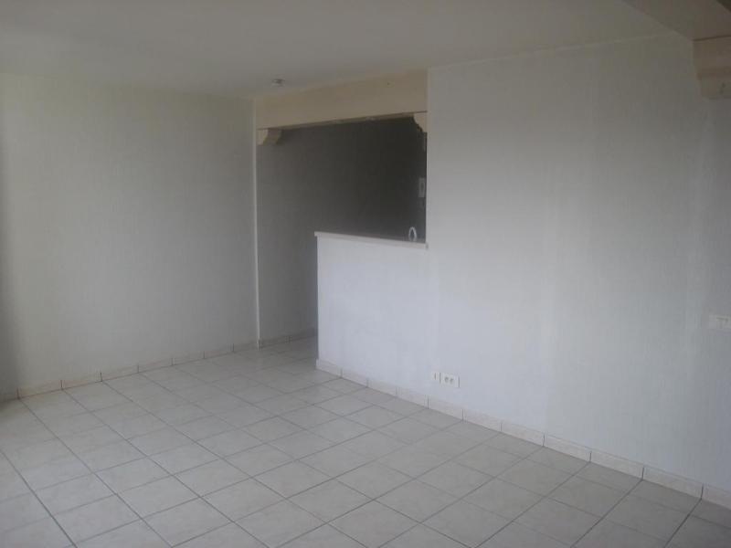 Location appartement Monnetier mornex 810€ CC - Photo 3