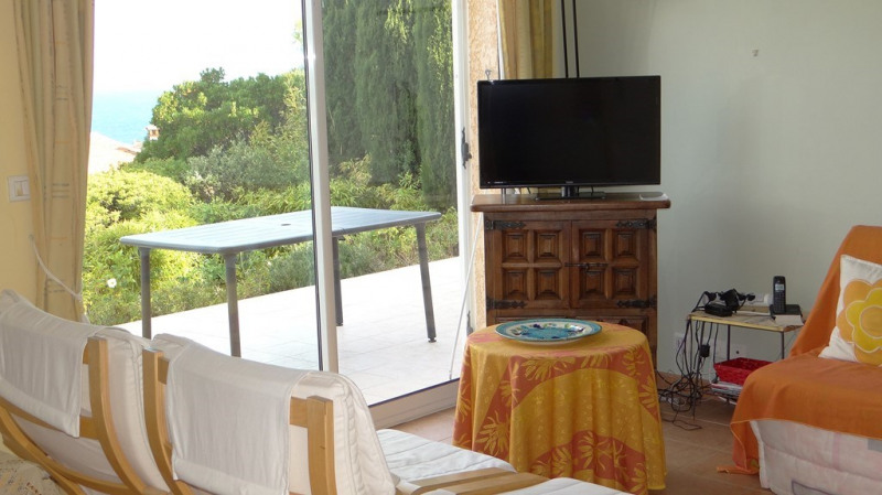 Vacation rental house / villa Cavalaire sur mer 1 400€ - Picture 7