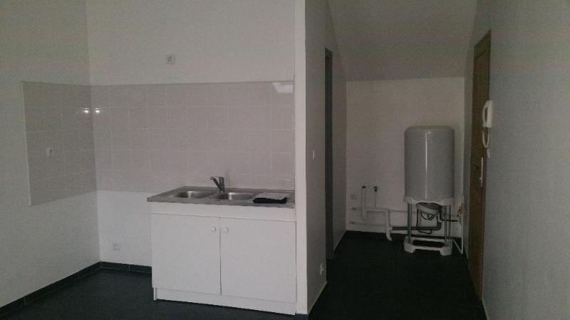 Rental apartment Bussy-saint-martin 500€ CC - Picture 2