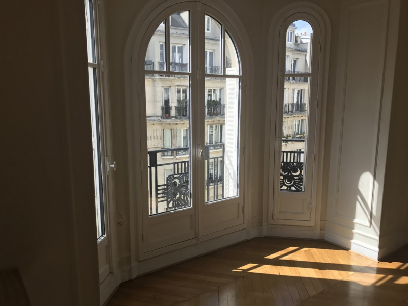 Alquiler  apartamento Paris 17ème 1960€ CC - Fotografía 5
