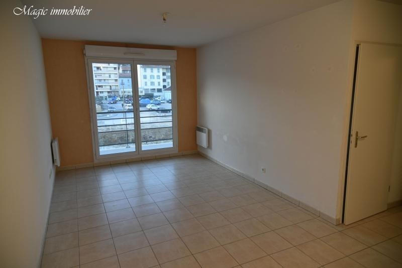 Rental apartment Bellegarde sur valserine 622€ CC - Picture 2