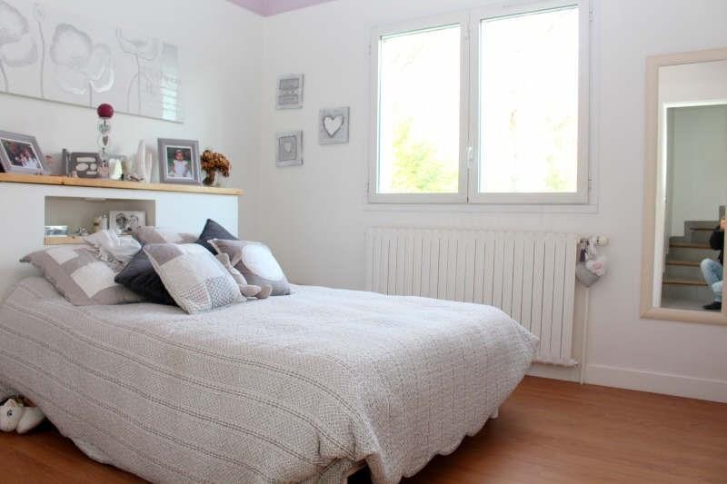 Deluxe sale house / villa Lamorlaye 689000€ - Picture 5