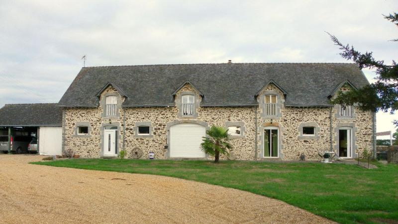 Sale house / villa Bonchamp-les-laval 417200€ - Picture 1