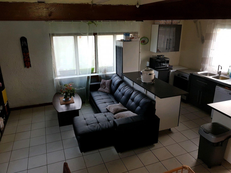 Sale house / villa Chambly 218000€ - Picture 2