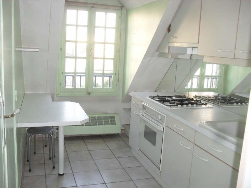 Rental apartment Auxerre 540€ CC - Picture 2