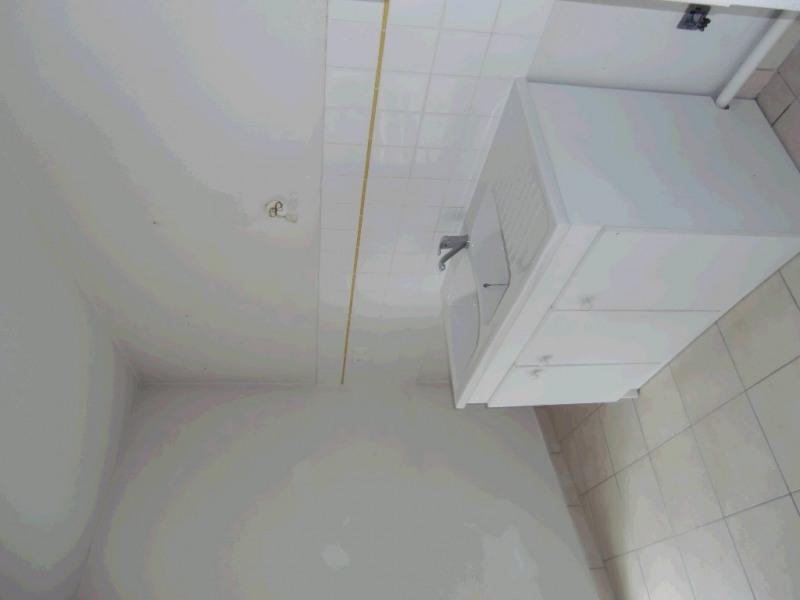 Location appartement Annemasse 806€ CC - Photo 2