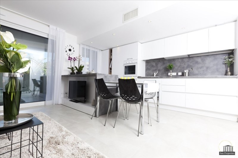 Sale apartment Le cannet 353000€ - Picture 1