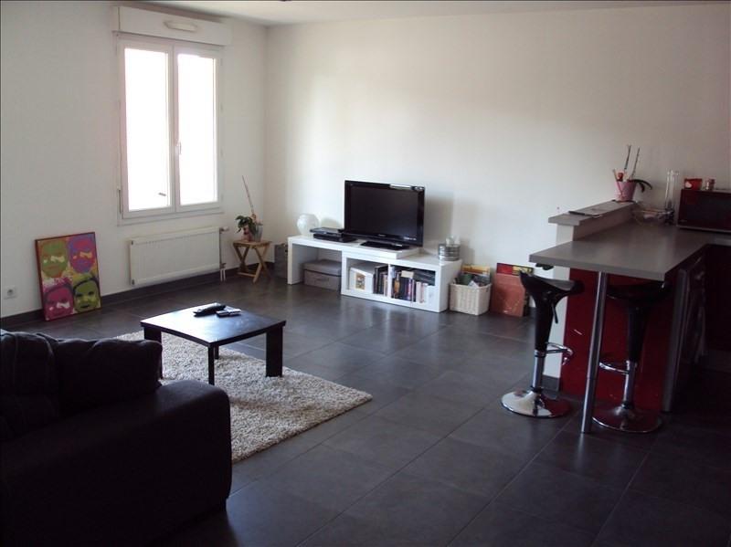 Location appartement Le perray en yvelines 880€ CC - Photo 2