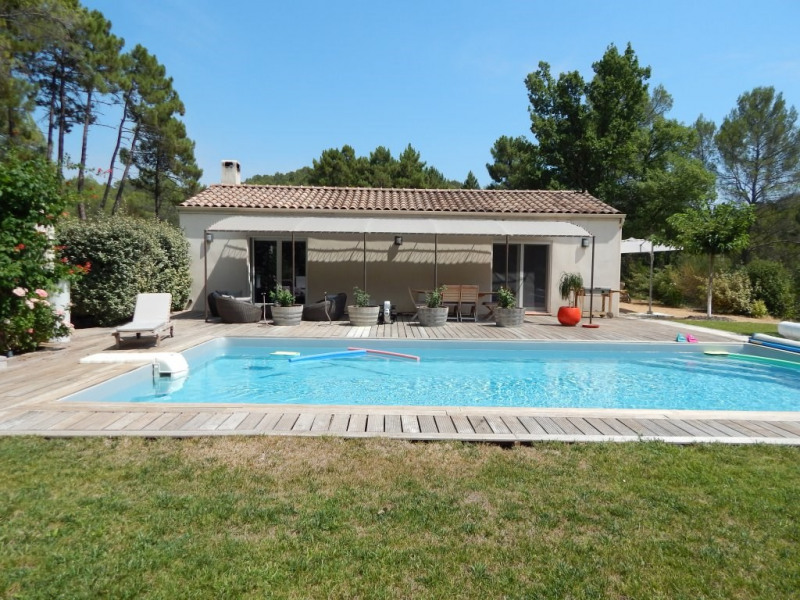 Sale house / villa Salernes 488250€ - Picture 1