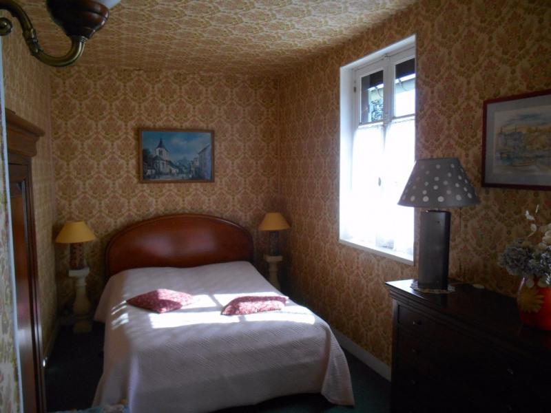 Sale house / villa Francastel 163000€ - Picture 7