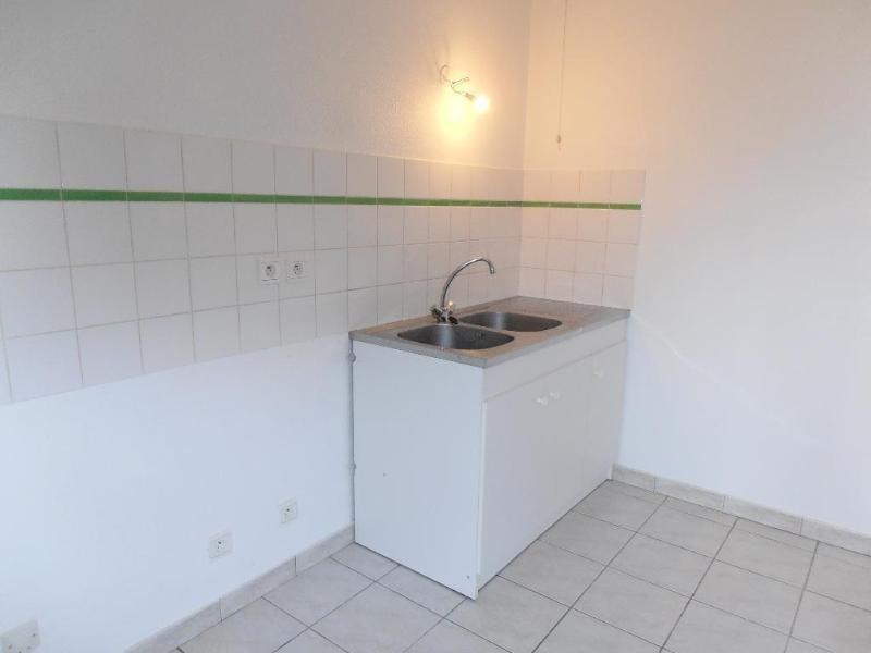 Rental apartment Montreal la cluse 420€ CC - Picture 3