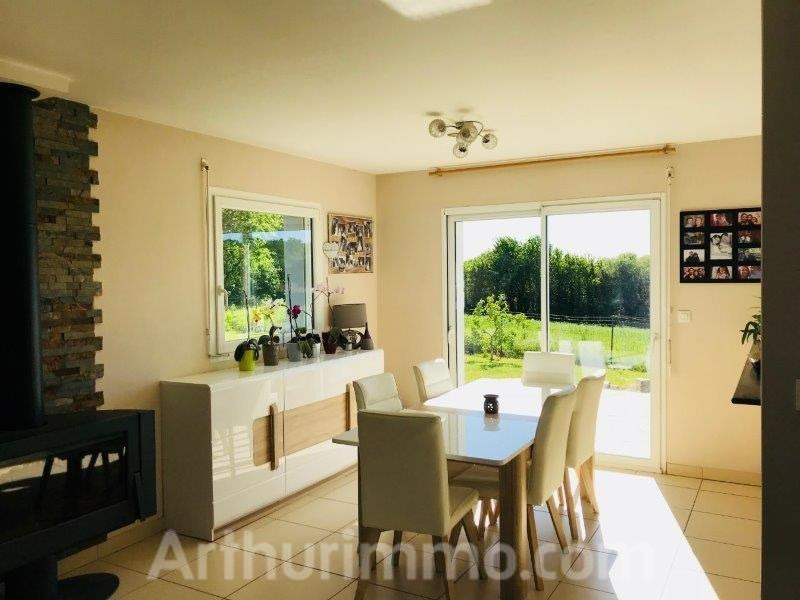 Sale house / villa Locoal mendon 240000€ - Picture 3
