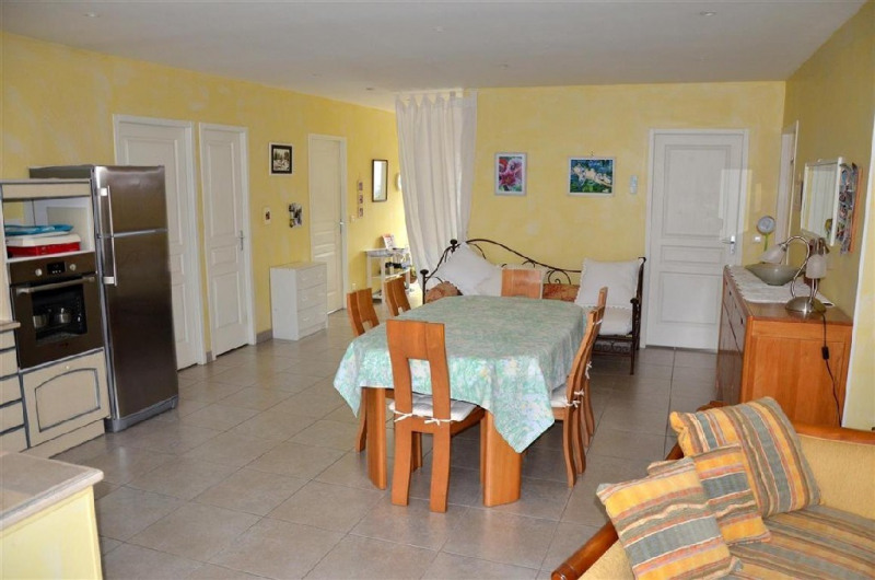 Sale house / villa Hericy 360000€ - Picture 6