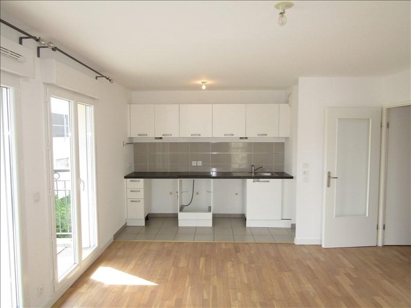Rental apartment St ouen l aumone 949€ CC - Picture 5