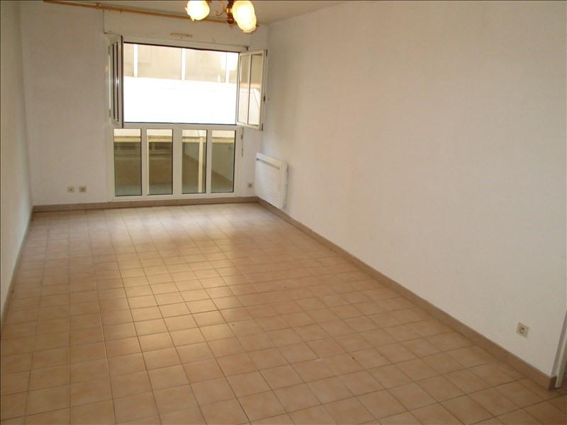 Rental apartment Sete 488€ CC - Picture 1